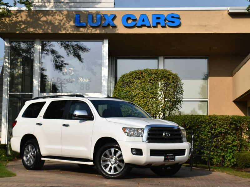2014_Toyota_Sequoia_Limited Nav 4WD MSRP $57,950_ Buffalo Grove IL