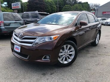 2014_Toyota_Venza_LE_ Worcester MA