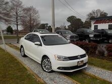 VOLKSWAGEN JETTA TDI PREMIUM, WARRANTY, LEATHER, NAV, BACKUP CAM, HEATED SEATS, SUNROOF, KEYLESS START, POWER SEATS! 2014