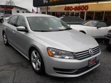 VOLKSWAGEN PASSAT SE PZEV, BUYBACK GUARANTEE, WARRANTY, LEATHER, BACKUP CAM, HEATED SEATS, PARKING SENSORS, LOW MILES! 2014