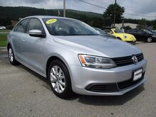 2014_Volkswagen_Jetta Sedan_SE w/Connectivity/Sunroof PZEV_ Keene NH