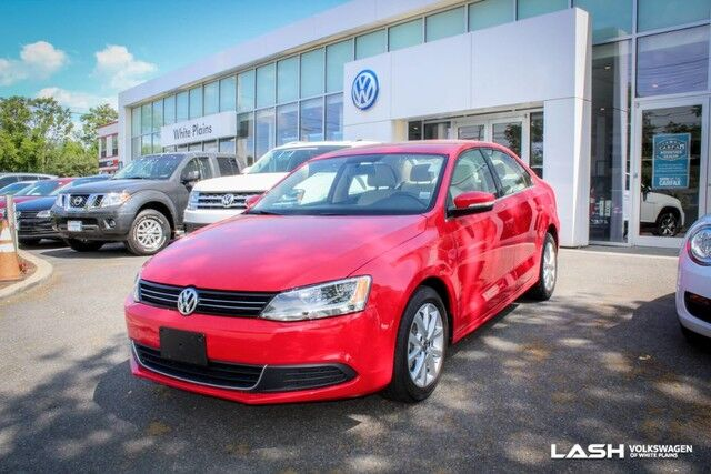 2014 Volkswagen Jetta Sedan SE White Plains NY