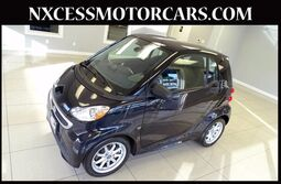 smart fortwo electric drive AUTO PANO-ROOF HEATED SEATS. Passion 2014