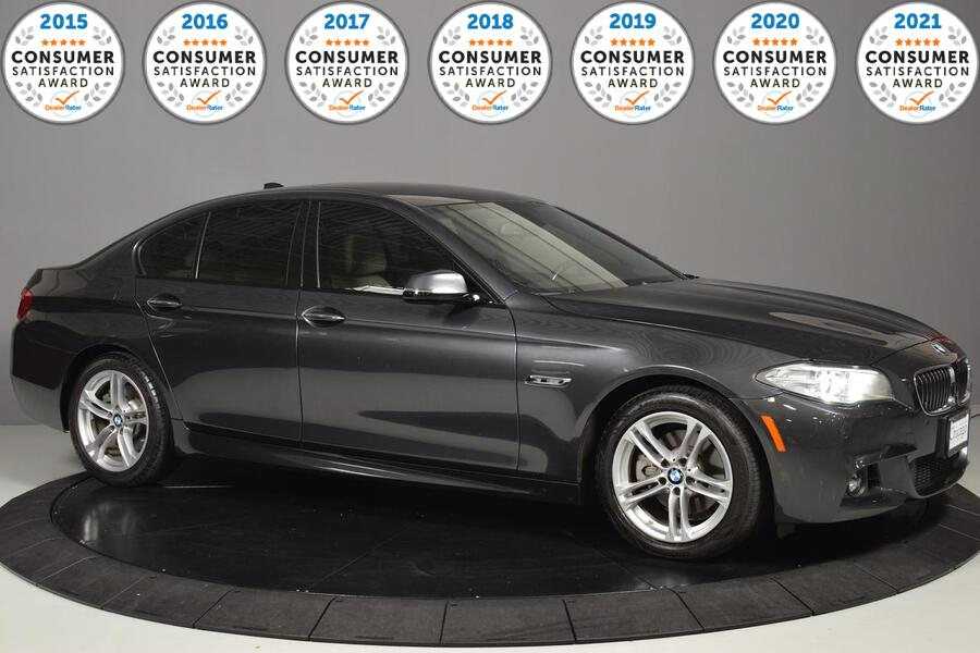 2015_BMW_5 Series_528i xDrive_ Glendale Heights IL