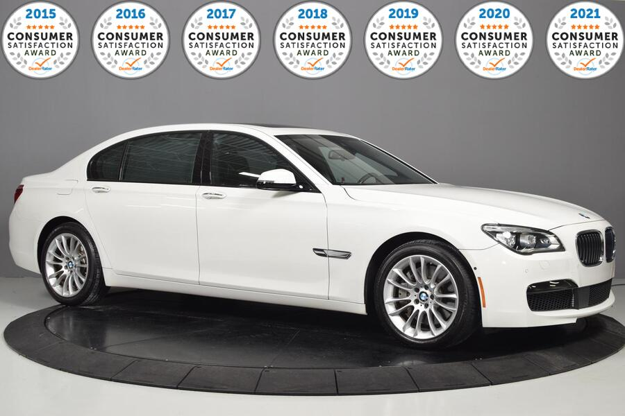 2015_BMW_7 Series_750Li xDrive_ Glendale Heights IL