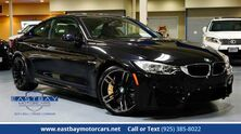 BMW M4 **Carbon Ceramic Brakes **6-Speed / Executive / Drv. Assist. Plus 2015