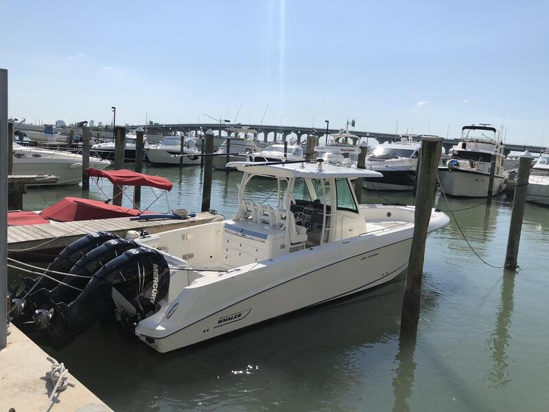 2015_Boston Whaler_350 Outrage_Boat_ Chicago IL