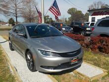 2015_CHRYSLER_200_S, WARRANTY, LEATHER, SUNROOF, BLUETOOTH, PARKING SENSORS, POWER DRIVERS SEAT, ONSTAR,1 LOCAL OWNER!_ Norfolk VA