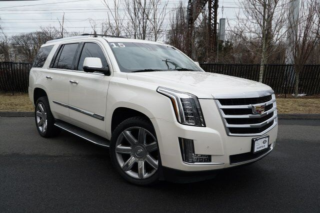 2015 Cadillac Escalade 4WD 4dr Luxury Fairfield CT