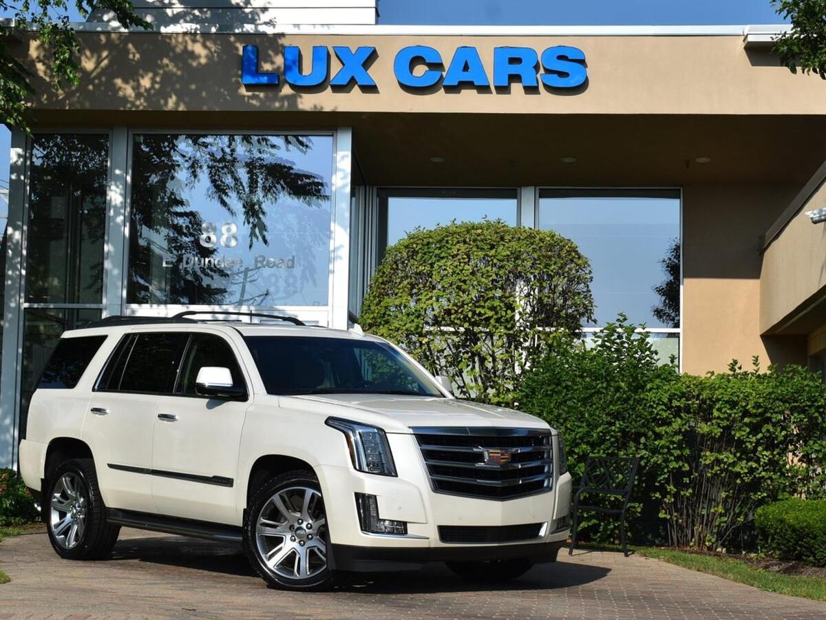 2015_Cadillac_Escalade_Premium Nav Rear DVD 4WD MSRP $86,060_ Buffalo Grove IL