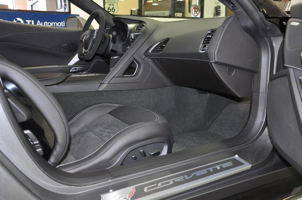 2015 Chevrolet Corvette Z06 3LZ Comp Seats, Z07 Package Tomball TX