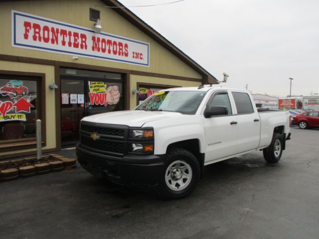 2015 Chevrolet Silverado 1500 Work Truck Crew Cab 4WD Middletown OH
