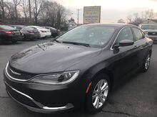 2015_Chrysler_200_Limited_ Chambersburg PA
