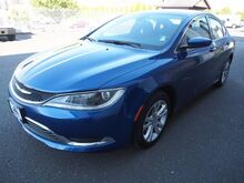 2015_Chrysler_200_Limited_ Burlington WA