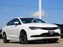 2015_Chrysler_200_S_ Bedford TX