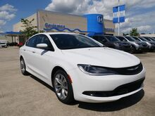 2015_Chrysler_200_S_ Hammond LA