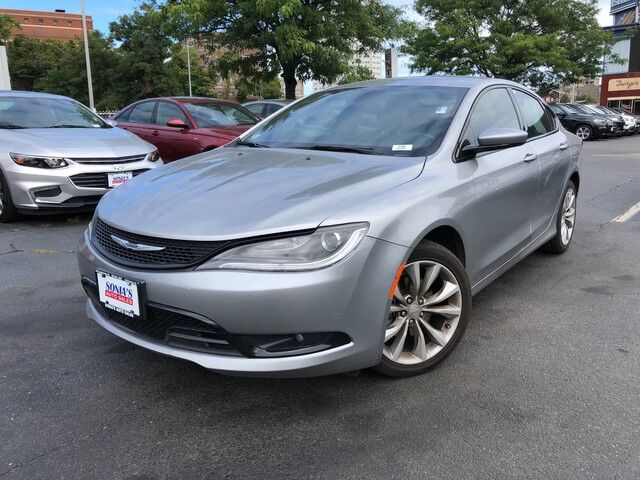 2015 Chrysler 200 S Worcester MA