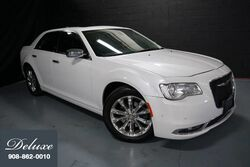 Chrysler 300C AWD Sedan, Navigation System, Rear-View Camera, Blind Spot Monitor, Ventilated Leather Seats, Panorama Sunroof, 19-Inch Alloy Wheels, 2015