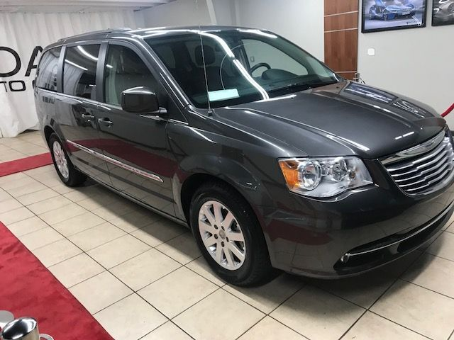 2015 Chrysler Town & Country DVD,LEATHER,BACK UP CAMERA Charlotte NC