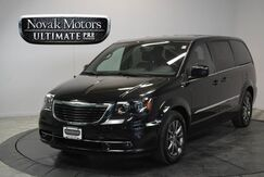 2015_Chrysler_Town & Country_S_ Bedford TX