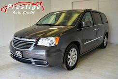 2015_Chrysler_Town & Country_Touring - Heated Seats, Remote Start, Rear Entertainment_ Akron OH
