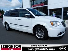 2015_Chrysler_Town & Country_Touring-L_ Lehighton PA