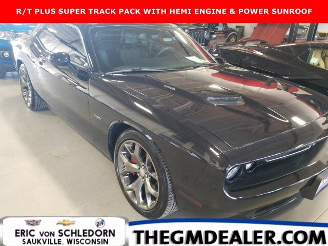 2015 Dodge Challenger R/T Plus Coupe HEMI SuperTrackPak w/Sunroof Nav 20s HtdCldMemLthr RearCamera Milwaukee WI