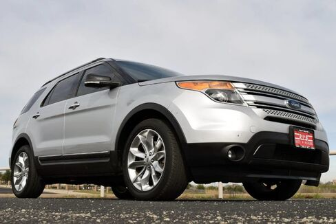 2015_Ford_Explorer_XLT_ Fort Worth TX
