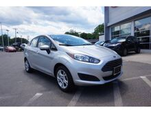 2015_Ford_Fiesta_SE_ Norwood MA