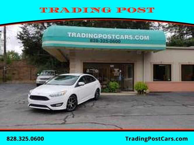 2015_Ford_Focus_SE_ Conover NC