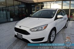 2015_Ford_Focus_SE / Hatchback / Automatic / Power Locks & Windows / Bluetooth / Back Up Camera / Cruise Control / 40 MPG / 1-Owner_ Anchorage AK