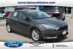 2015_Ford_Focus_SE_ Milwaukee and Slinger WI