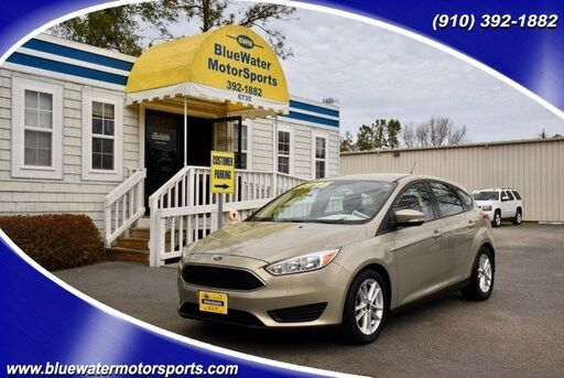 2015_Ford_Focus_SE_ Wilmington NC