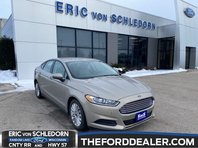 2015 Ford Fusion Hybrid S Milwaukee WI