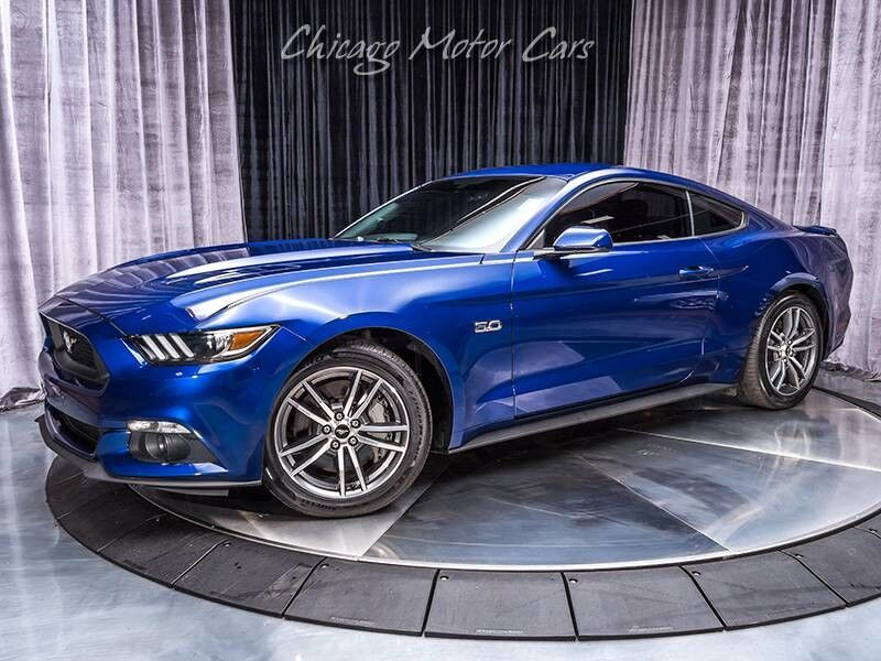 2015_Ford_Mustang_GT_ Chicago IL