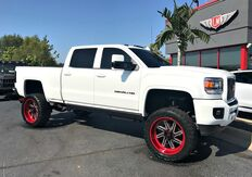 2015_GMC_Sierra 2500HD_Denali 1 Owner_ Evansville IN