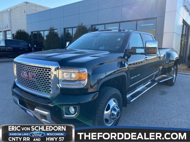 2015 GMC Sierra 3500HD Denali Milwaukee WI