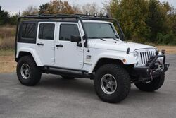 Jeep Wrangler Unlimited CALL#1-580-798-4900**LIFT&RIMS TIRES*UPGRADED ROLL BAR*LED LIGHT 2015