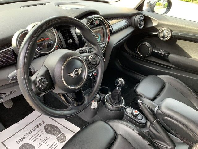 2015 MINI Cooper Hardtop S UPGRADED DISPLAY, LEATHER, SPORT PACKAGE!!! EXTRA CLEAN!!! ONE OWNER!!! Plano TX