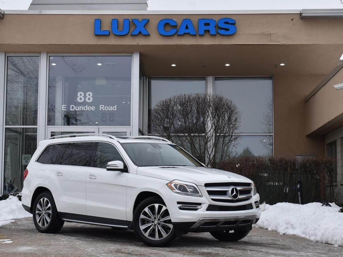 2015_Mercedes-Benz_GL350_BlueTEC Diesel P1 Nav 4MATIC MSRP $75,050_ Buffalo Grove IL