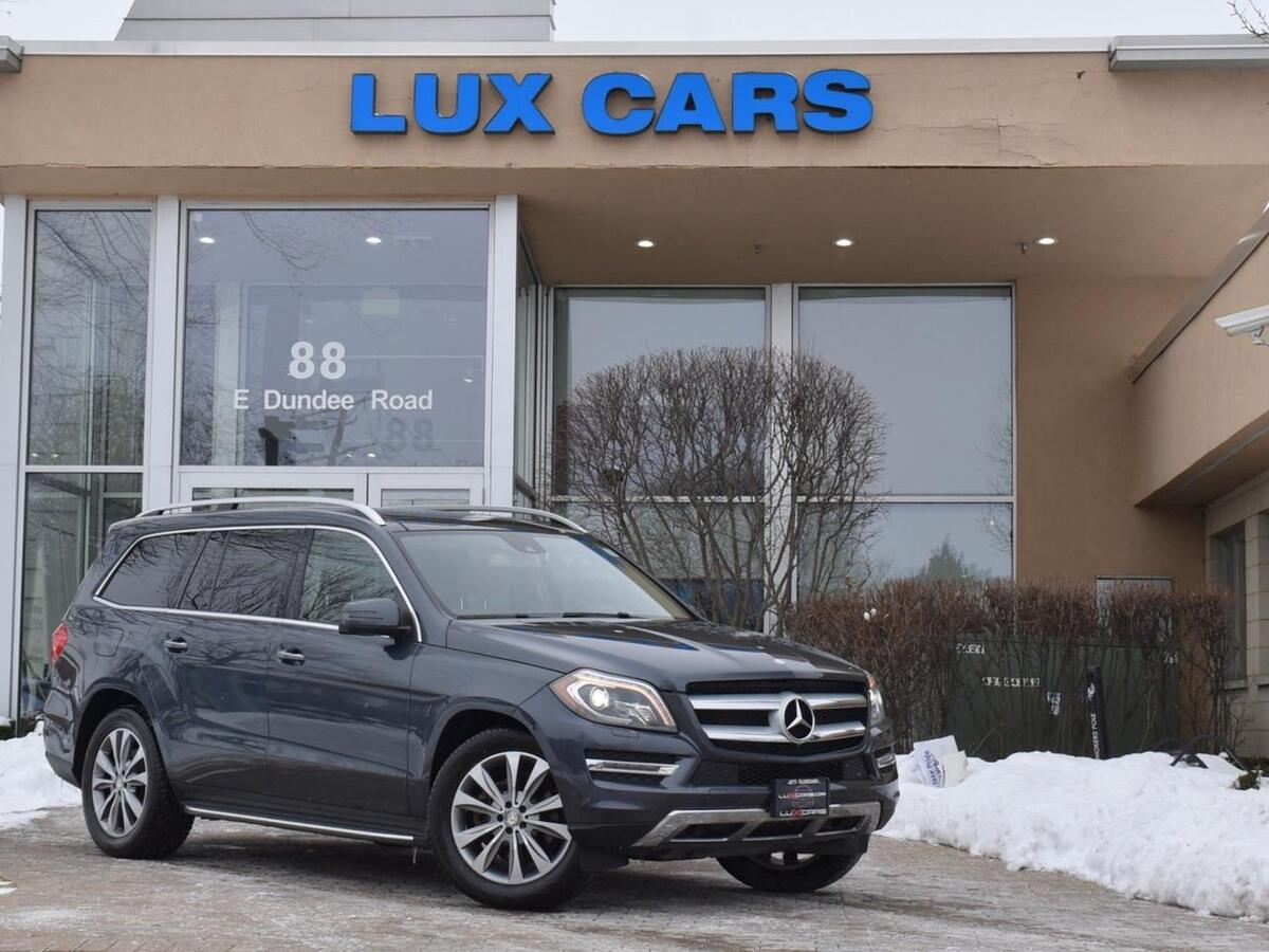 2015_Mercedes-Benz_GL450_Panoroof Nav P1 4MATIC MSRP $79,485_ Buffalo Grove IL