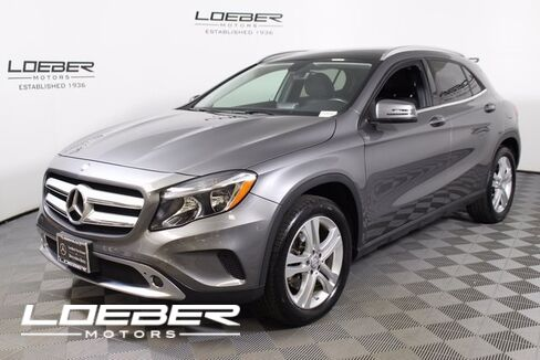 2015_Mercedes-Benz_GLA-Class_GLA 250 4MATIC®_ Chicago IL