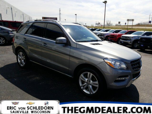 2015 Mercedes-Benz M-Class ML 350 4MATIC w/Sunroof Nav 19s HtdMemLthr RearCamera Milwaukee WI