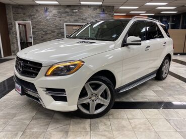 2015_Mercedes-Benz_M-Class_ML 400_ Worcester MA