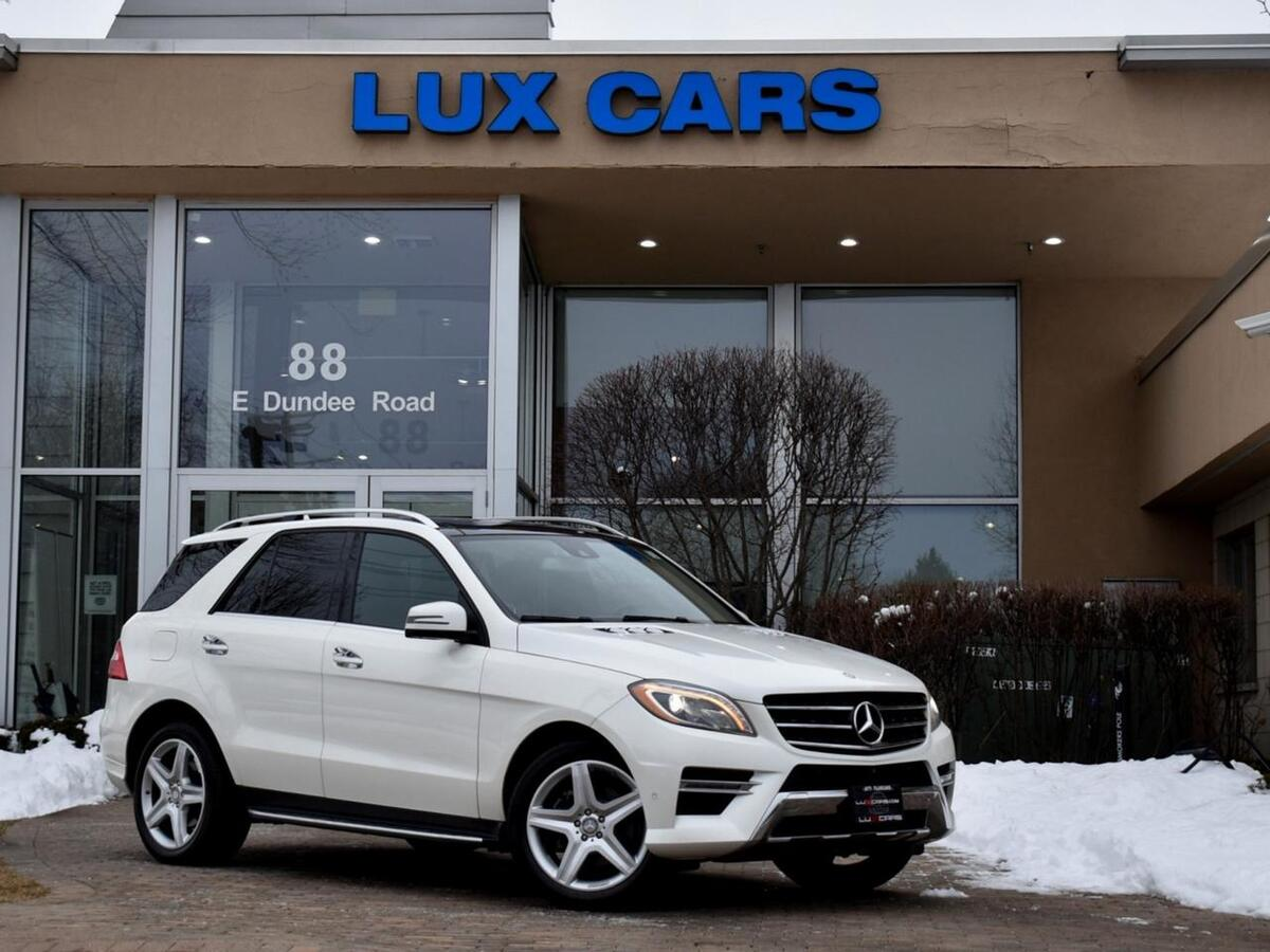 2015_Mercedes-Benz_ML400_Panoroof Nav 4MATIC MSRP $72,315_ Buffalo Grove IL
