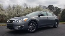 2015_Nissan_Altima_2.5 S / SPECIAL EDITION / DISPLAY AUDIO PKG_ Charlotte NC