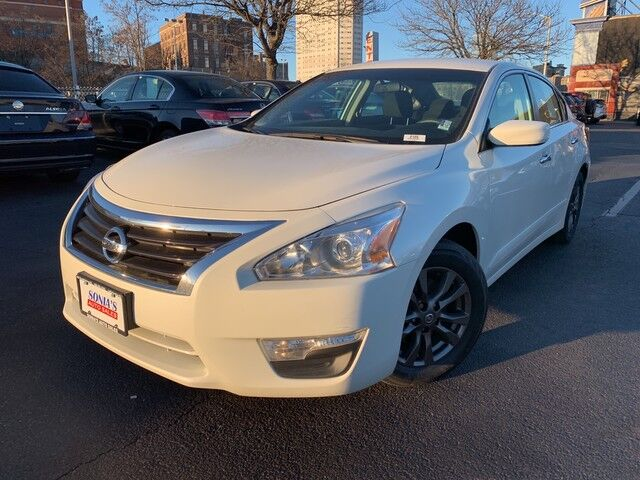 2015 Nissan Altima 2.5 S Worcester MA