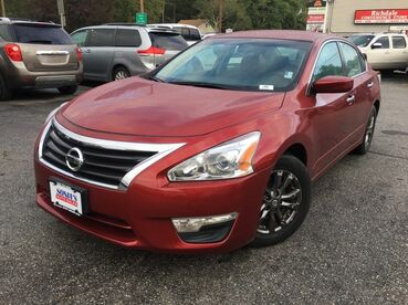 2015_Nissan_Altima_2.5 S_ Worcester MA