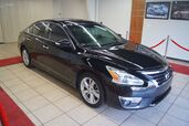 2015 Nissan Altima SL ,LEATHER,NAVIGATION AND SUN ROOF