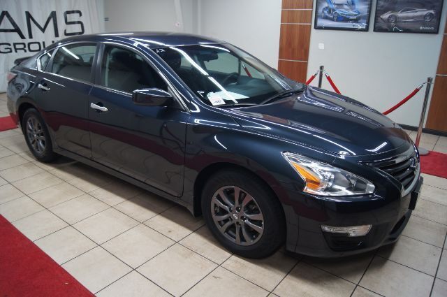 2015 Nissan Altima SPORT SPECIAL EDITION  WITH ALLOY WHEELS Charlotte NC